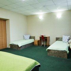 Гостиница Айсберг 3* Стандартный семейный номер с различными типами кроватей