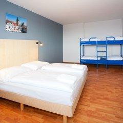 Отель a&o Prag Metro Strizkov 3* Стандартный семейный номер с двуспальной кроватью фото 2