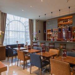 K+K Palais Hotel гостиничный бар