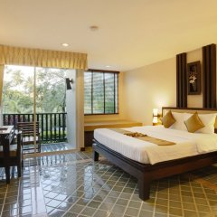 Отель Duangjitt Resort, Phuket 5* Номер Премиум с различными типами кроватей фото 4