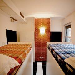 New Generation Hostel Brera Кровать в общем номере с двухъярусной кроватью фото 7
