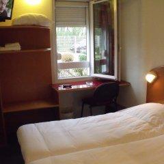 Отель Quick Palace Auxerre Стандартный номер с 2 отдельными кроватями