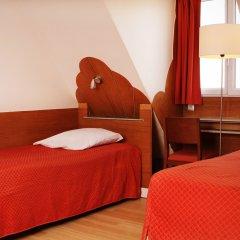 Отель Hôtel Marignan Номер категории Эконом с различными типами кроватей