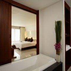 Отель La Flora Resort Patong 5* Улучшенный номер разные типы кроватей фото 6
