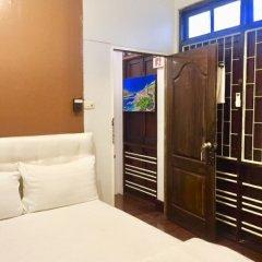 Отель FIRST 1 Boutique House at Sukhumvit 1 2* Стандартный номер с двуспальной кроватью