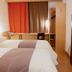 Гостиница IBIS Самара комната для гостей