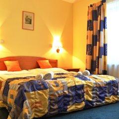 Отель Claris 3* Стандартный номер с двуспальной кроватью