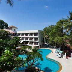 Patong Lodge Hotel бассейн