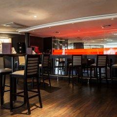 Radisson Blu Hotel & Resort вестибюль отеля