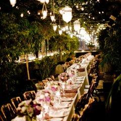 Gramercy Park Hotel столовая на открытом воздухе