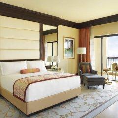 Отель The Ritz-Carlton Abu Dhabi, Grand Canal 5* Стандартный номер с различными типами кроватей фото 2