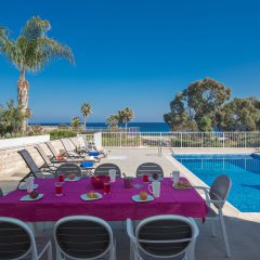 Отель Shaye Frontline Villa Кипр, Протарас - отзывы, цены и фото номеров - забронировать отель Shaye Frontline Villa онлайн помещение для мероприятий