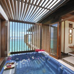Отель Paradise Island Resort & Spa бассейн фото 2