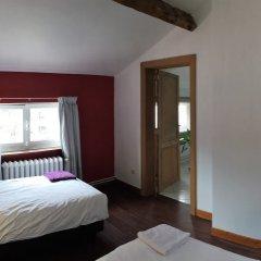 Отель The Captaincy Guesthouse Brussels 3* Улучшенный номер с различными типами кроватей