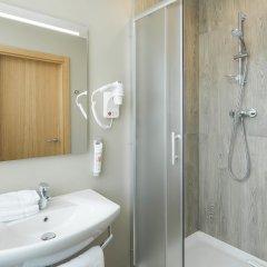 Отель Ibis Riga Centre Латвия, Рига - 7 отзывов об отеле, цены и фото номеров - забронировать отель Ibis Riga Centre онлайн ванная