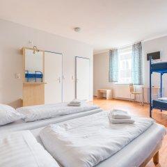 Отель a&o Amsterdam Zuidoost 2* Стандартный номер с различными типами кроватей