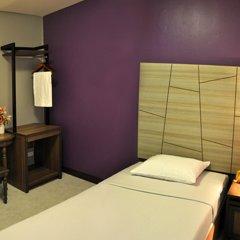 Отель Rambuttri Village Inn & Plaza 3* Стандартный номер с различными типами кроватей