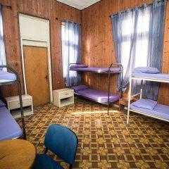 Momos Hostel Кровать в мужском общем номере с двухъярусными кроватями