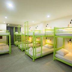 The 9th House - Hostel Стандартный семейный номер с различными типами кроватей