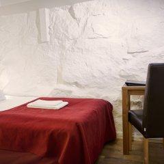 Отель Rex Petit 2* Номер с общей ванной комнатой с различными типами кроватей (общая ванная комната)