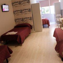 Отель Far Home Gran Vía Стандартный номер с различными типами кроватей