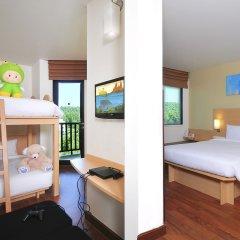 Отель Ibis Kata 3* Кровать в общем номере