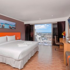 Patong 7Days Premium Hotel Phuket 3* Номер Делюкс с различными типами кроватей фото 2