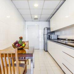 Golden Sands Hotel Apartments кухня в номере