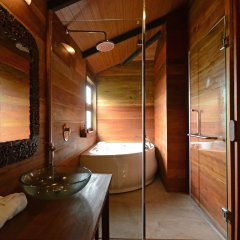 Отель Ananta Thai Pool Villas Resort Phuket ванная