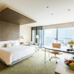 Four Seasons Hotel Tokyo at Marunouchi 5* Номер Делюкс с различными типами кроватей