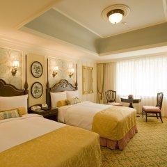 Tokyo Disneyland Hotel 4* Улучшенный стандартный номер с различными типами кроватей