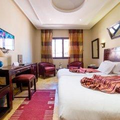 Hotel Les Trois Palmiers 3* Номер Комфорт с двуспальной кроватью