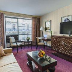 L'Hotel du Collectionneur Arc de Triomphe 5* Люкс повышенной комфортности двуспальная кровать