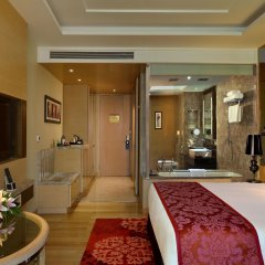 Отель Radisson Blu Jaipur 4* Улучшенный номер с различными типами кроватей