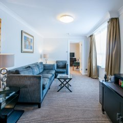 Отель Holiday Inn London - Kensington Лондон комната для гостей