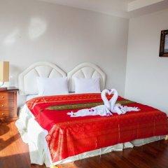 Отель Triple Rund Place 3* Стандартный номер с двуспальной кроватью