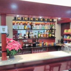 Hotel Glories гостиничный бар фото 4