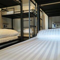 Отель Phuket Marine Poshtel 2* Кровать в общем номере с двухъярусной кроватью