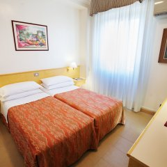 Hotel Dei Fiori 3* Стандартный номер с двуспальной кроватью