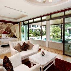 Отель Wyndham Sea Pearl Resort Phuket 4* Вилла с различными типами кроватей