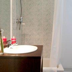 Отель Aparthotel Adagio access Vanves Porte de Versailles раковина ванной комнаты