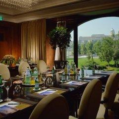 Отель Four Seasons Gresham Palace банкетный зал фото 2