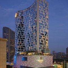 Отель The Langham, Shanghai, Xintiandi фасад