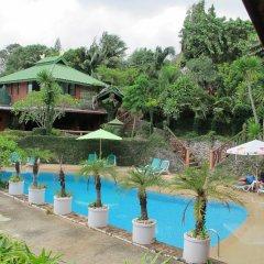 Отель Kata Garden Resort открытый бассейн