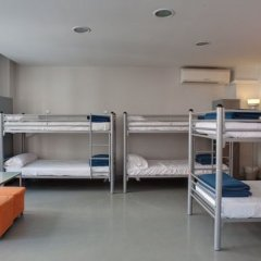 Отель Alberguinn Кровать в общем номере фото 4