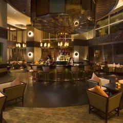 Отель Conrad Bangkok Таиланд, Бангкок - отзывы, цены и фото номеров - забронировать отель Conrad Bangkok онлайн гостиничный бар фото 2