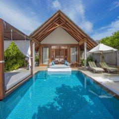 Отель Furaveri Island Resort & Spa 5* Вилла Beach с бассейном с различными типами кроватей фото 4