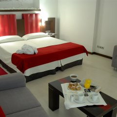 Отель Ciutat De Girona 4* Улучшенный номер с различными типами кроватей