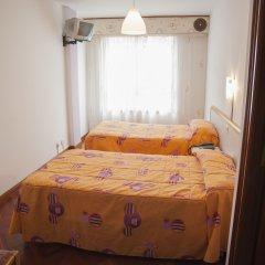 Hotel Cristal 1 Стандартный номер с 2 отдельными кроватями