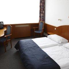 Отель Benczúr 3* Стандартный семейный номер с различными типами кроватей
